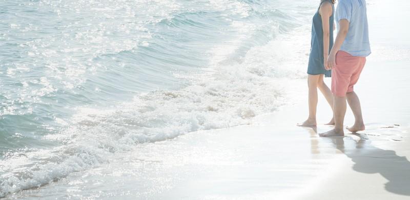夢占い海辺でデート