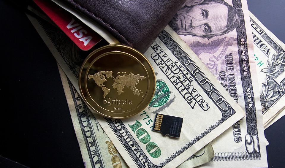 財布 お金 盗まれる