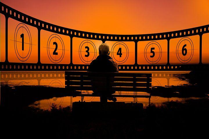 夢占い映画2:映画を観る夢