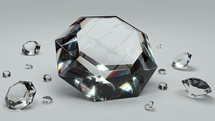 4月の誕生石・パワーストーン:ダイヤモンドの特徴