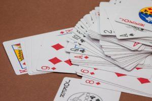 カバラ数秘術7はポーカーフェイス